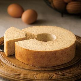 鳥取県産のバターと蜂蜜が香るしっとり濃厚なバウムクーヘン