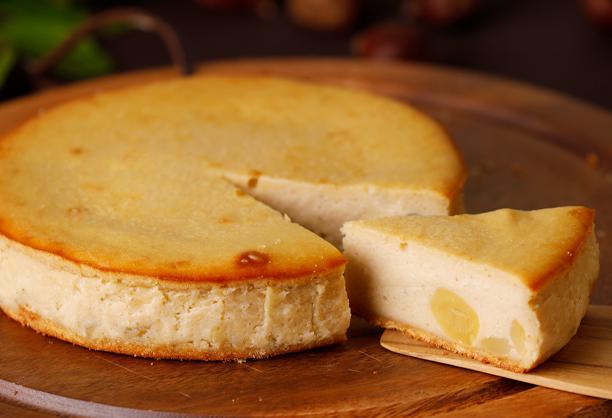 【和栗フロマージュ】和栗がゴロっと入った秋限定の濃厚チーズケーキ